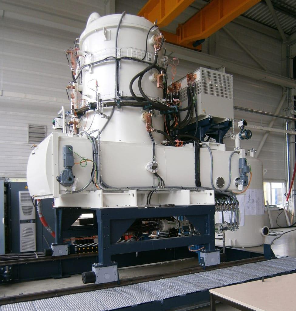 Pfth Vertical Vacuum Oil Quenching Furnace Ecm